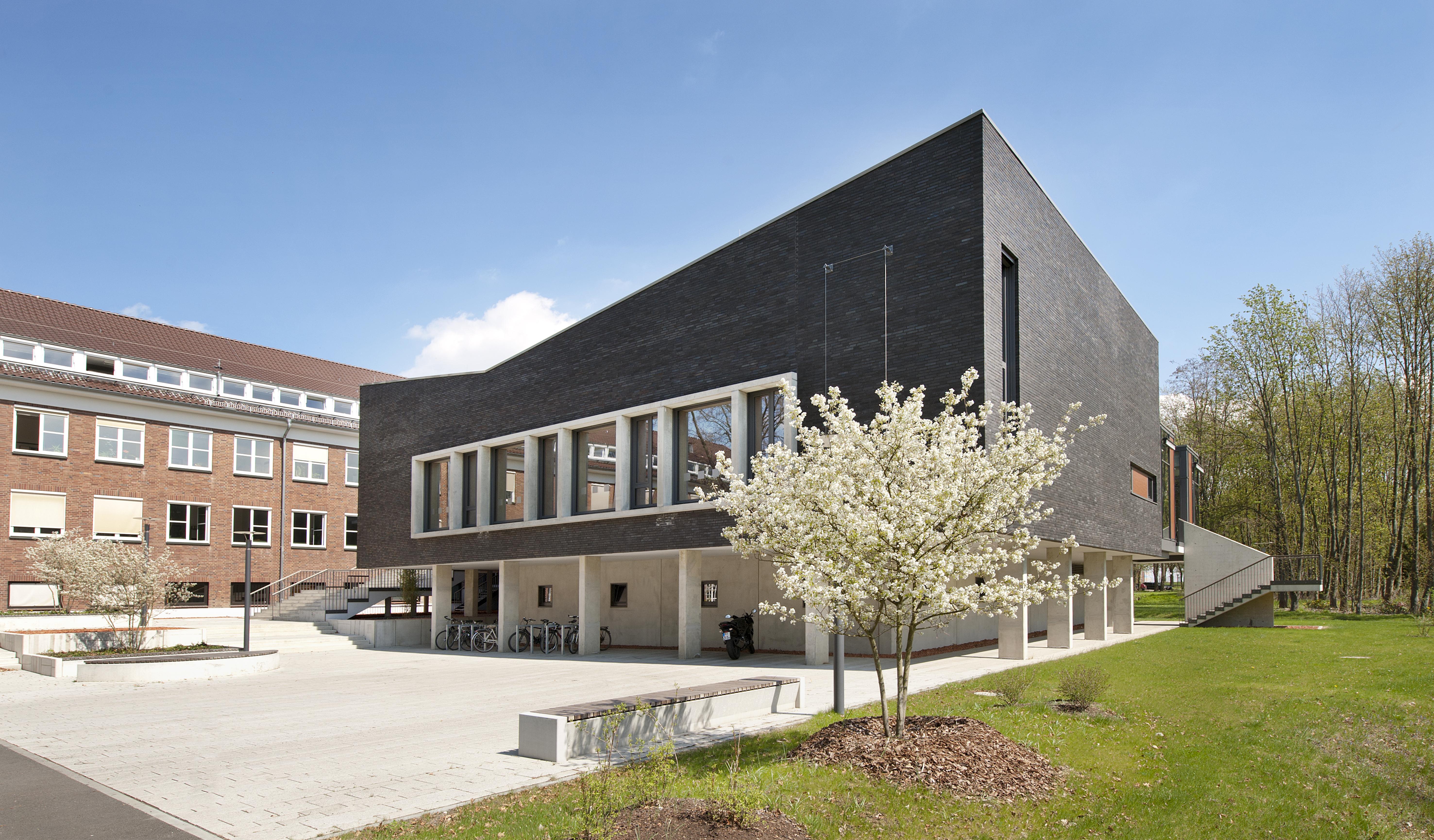 PTB Seminar Center